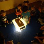 Zabawy piaskiem i światłem