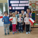 Dzieci z flagami