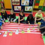 Przedstawianie zawodu muzyka przez dzieci
