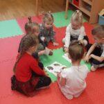 Dzieci segregują zwierzeta 1