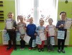 Dzieci z nagrodami z Rzeczycy