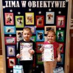 Dzieci z nagrodami z grupy Mrówki