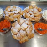 Na zdjęciu posiłki przygotowane przez panie kucharki (1)
