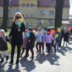 Przedszkolaki idą do parku