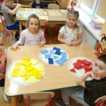 Zabawy matematyczne przy stolikach