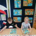 Dzieci układaja wyrazy