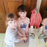 Wykonywanie przez dzieci czynności higienczno-sanitarnych