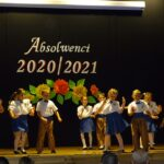 Dzieci ze Stokrotek tańczą rocka