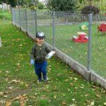 sprzątanie śmieci wokół przedszkola