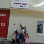 Wspólna obserwacja tablicy kontolnej pyłu zananieczyszczeń powietrza w Krzydłowicach